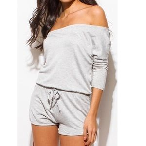 NWT Soft gray off shoulder romper shorts sz Large